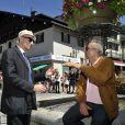 """Jean-François Derec et Antoine Duléry pendant le dernier jour de tournage du film """"Salaud, on t'aime"""" à Saint-Gervais-les-Bains, le 31 juillet 2013."""