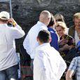 """Eddy Michell, Sandrine Bonnaire, Johnny Hallyday pendant le dernier jour de tournage du film """"Salaud, on t'aime"""" à Saint-Gervais-les-Bains, le 31 juillet 2013."""