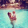 Alessandra Ambrosio profite de son fils Noah et de ses vacances en famille au Brésil. Juillet/Août 2013