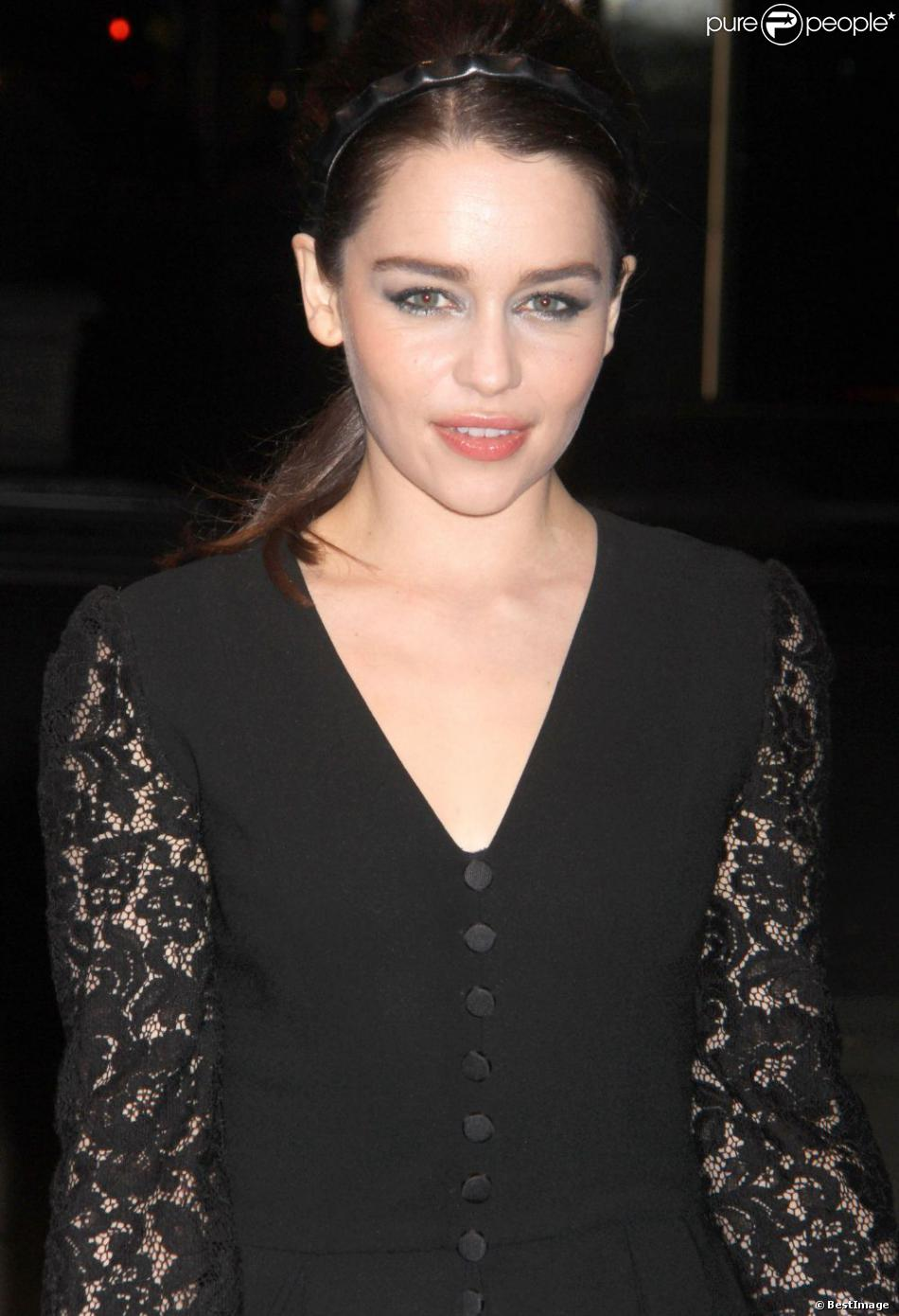 Emilia Clarke à l'inauguration du magasin  Dolce & Gabbana  à New York, le 4 mai 2013.