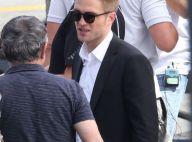 Robert Pattinson : Classe et reposé après un violent dérapage en boîte de nuit