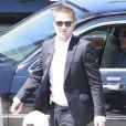 """Robert Pattinson sur le tournage du film """"Maps to the Stars"""" à Union Station, Los Angeles, le 17 août 2013."""