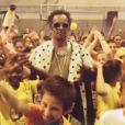 Yannick Noah dans un Harlem Shake pour son association Fête le mur - juillet 2013