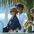 Jennifer Aniston et son fiance Justin Theroux en vacances avec leurs amis Jason Bateman et sa femme Amanda Anka a Mexico, le 19 aout 2013