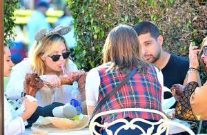 Glee saison 5 : Demi Lovato, nouvelle amoureuse de la bombe Naya Rivera