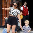 Paula Patton en compagnie de son fils Julian Thicke à New York City, le 31 juillet 2013.