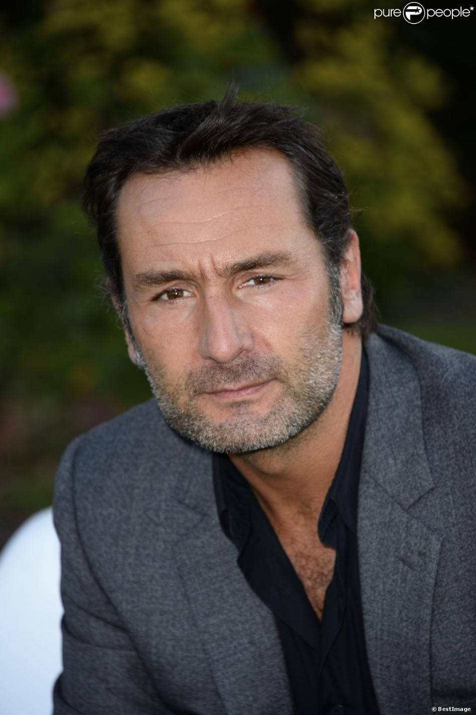 Gilles Lellouche earned a  million dollar salary - leaving the net worth at 245 million in 2018