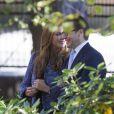 La princesse Madeleine de Suède, enceinte, avec le prince Daniel lors de l'hommage rendu le 8 septembre 2013 à feue la princesse Lilian, décédée le 10 mars, en l'église anglicane St Peter et St Sigfrid de Stockholm.
