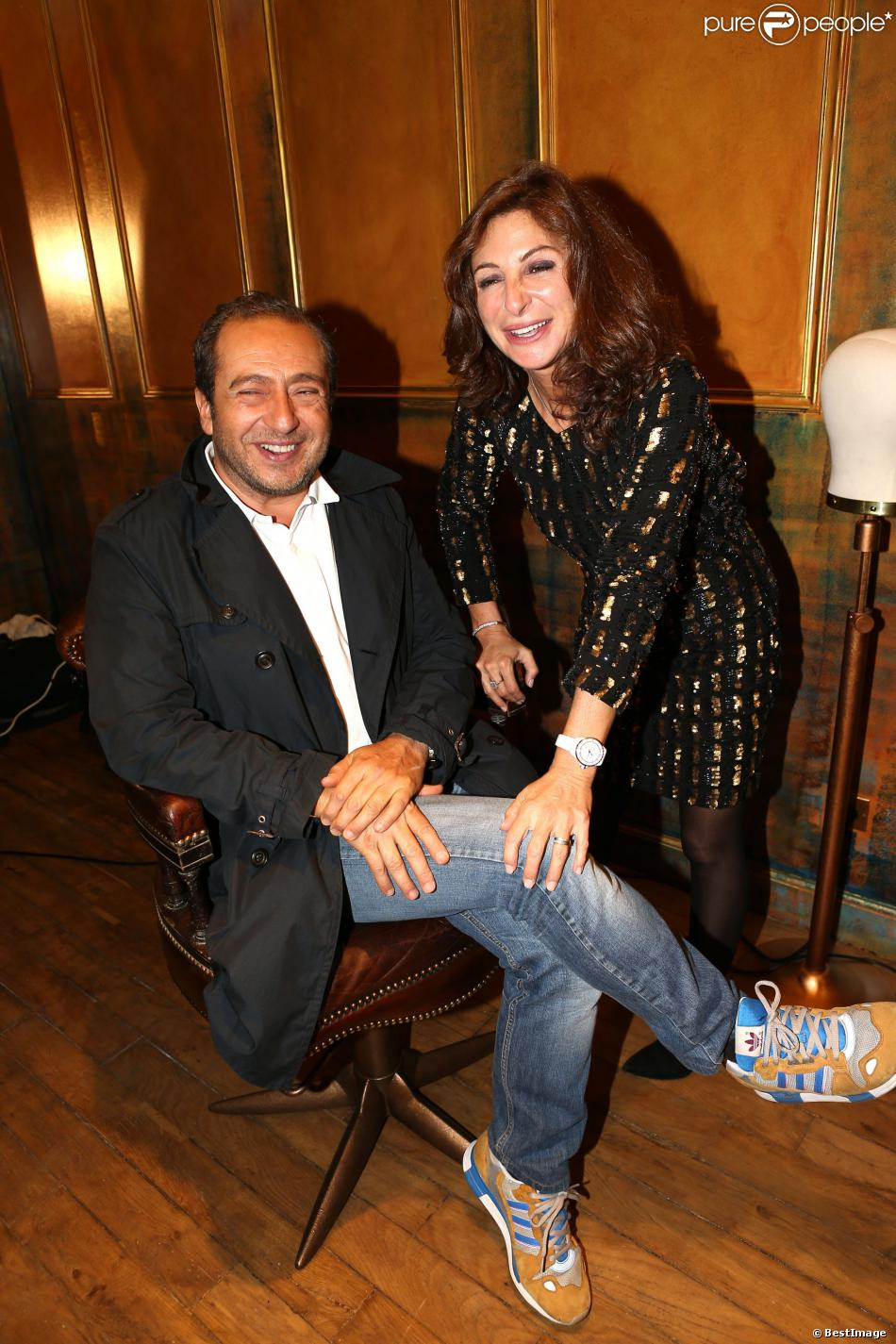 Sarah guetta et patrick timsit l 39 inauguration du nouveau for Salon sarah guetta