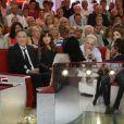 """Michel Drucker, Richard Berry, Christophe Lambert et Flore Bonaventura - Enregistrement de l'émission """"Vivement Dimanche"""" à Paris le 11 septembre 2013. Diffusion le 15 septembre sur France 2."""