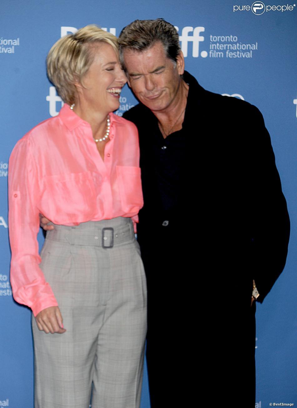 Emma Thompson et Pierce Brosnan lors de la conférence de presse du film Love Punch au Festival international du film de Toronto le 12 septembre 2013