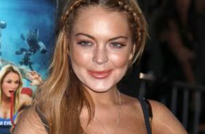 Lindsay Lohan : La poitrine presque à l'air pour soutenir sa mère Dina, arrêtée
