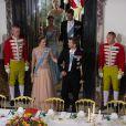 La princesse Mary et le prince Frederik de Danemark au palais de Fredensborg le 18 septembre 2013 lors du dîner de gala en l'honneur du président du Vietnam Truong Tan Sang et son épouse Mai Thi Hanh, en visite d'Etat de trois jours.