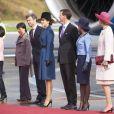 La reine Margrethe II de Danemark, entourée de son époux le prince Henrik et de ses fils les princes Frederik, avec la princesse Mary, et Joachim, avec la princesse Marie, ainsi que de la princesse Benedikte, accueillait le 18 septembre 2013 le président du Vietnam Truong Tan Sang et son épouse Mai Thi Hanh, pour une visite d'Etat de trois jours.