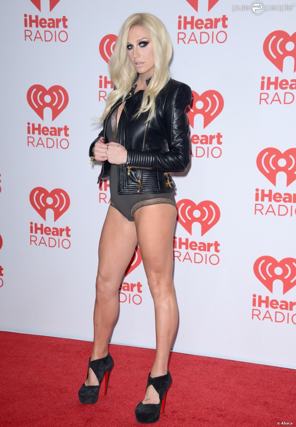 Displaying 18> Images For - Kesha Son... Gwen Stefani