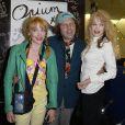 Julie Depardieu, Philippe Katerine et Arielle Dombasle lors de la première du film Opium au cinéma Le Saint-Germain à Paris, le 27 septembre 2013.