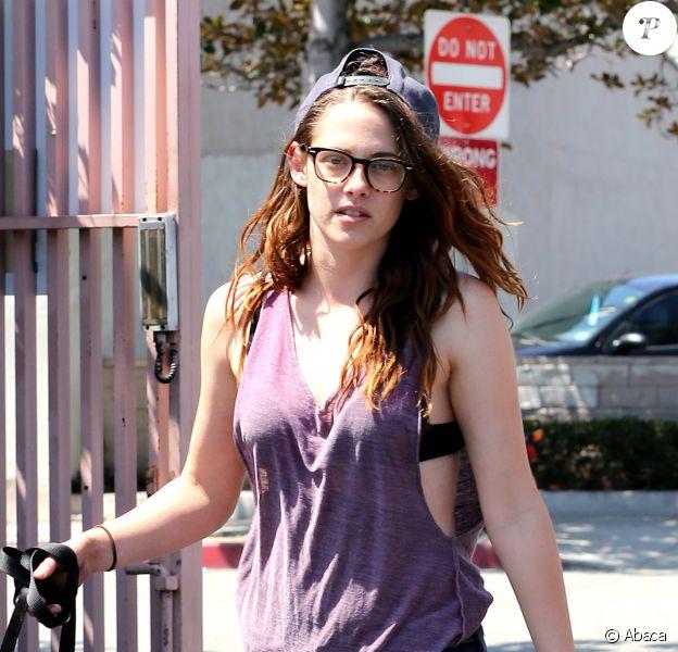 Kristen Stewart grunge et sexy à Los Feliz, Los Ageles, le 28 juillet 2013.