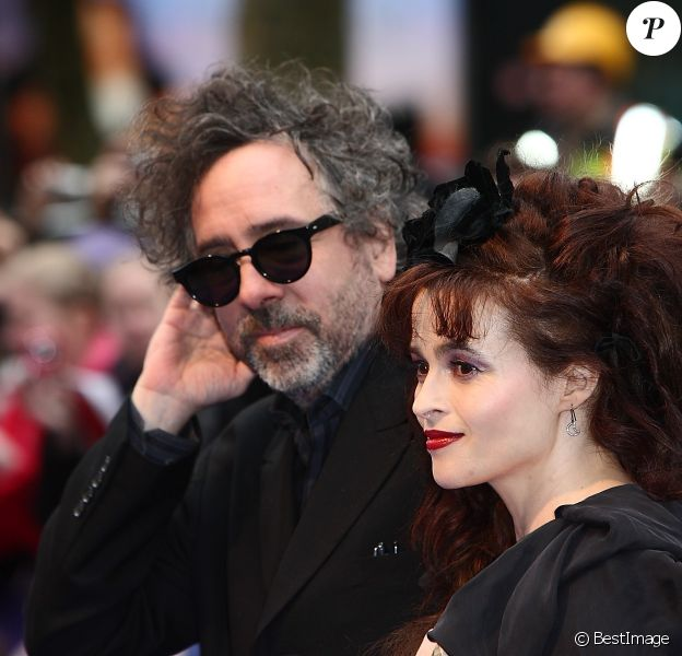 Tim Burton et Helena Bonham Carter lors de l'avant-première du film Dark Shadows à Londres le 9 mai 2012