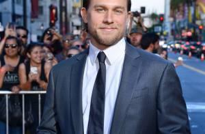 Fifty Shades of Grey : Charlie Hunnam (Christian Grey) abandonne le film