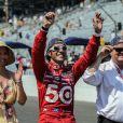Le pilote en Indycar Dario Franchitti, avec Ashley Judd, lors de la course d'Indianapolis le 27 mai 2012