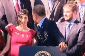 Barack Obama : Quand le président joue les secouristes en plein discours...