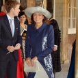 Carole Middleton à la sortie de la chapelle royale au baptême du prince George de Cambridge, 3 mois, le 23 octobre 2013 au palais Saint James, à Londres.