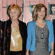 """Valeria Bruni Tedeschi et sa mère Marisa Borini lors de la première du film """"Un château en Italie"""" à Paris, le 29 octobre 2013."""