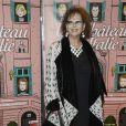"""Claudia Cardinale lors de la première du film """"Un château en Italie"""" à Paris, le 29 octobre 2013."""