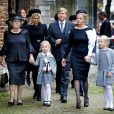La famille royale néerlandaise à la commémoration du prince Friso d'Orange-Nassau en la Vieille Eglise de Delft (La Haye) le 2 novembre 2013.