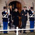 Maxima et Willem-Alexander des Pays-Bas à la commémoration du prince Friso d'Orange-Nassau en la Vieille Eglise de Delft (La Haye) le 2 novembre 2013.