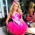 Paris Hilton a enchaîné les looks pour Halloween 2013, ici en Barbie