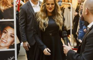 Khloé Kardashian : Sublime en Europe, elle ne quitte plus son alliance