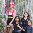 Exclusif - Laeticia Hallyday et les filles Jade et Joy se rendent à une soiree d'Halloween à Los Angeles le 31 octobre 2013.