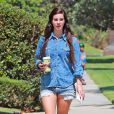 Lana Del Rey dans les rues de West Hollywood, le 14 septembre 2013.
