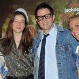 Johnny Knoxville avec et sa femme Naomi Nelson lors de la première du film Bad Grandpa au cinéma Gaumont Capucines à Paris, le 3 décembre 2013.
