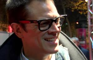 Johnny Knoxville : Hilarant Jackass au bras de sa femme, face à Rémi Gaillard