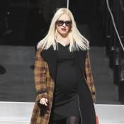 Gwen Stefani : Enceinte et stylée, elle commence ses achats de Noël