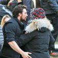 La réalisatrice Sam Taylor-Johnson accompagnée par son mari Aaron Taylor-Johnson sur le tournage de Fifty Shades of Grey à Vancouver, le 8 décembre 2013.