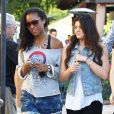 Destiny, fille de Lamar Odom, et Kylie Jenner, demi-sœur de Khloé Kardashian, à Los Angeles en juillet 2012.