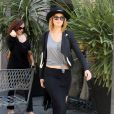 Jennifer Lawrence fait du shopping chez Vera Wang à West Hollywood, le 27 avril 2013.