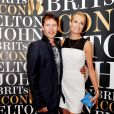 James Blunt et Sofia Wellesley à Londres pour la soirée hommage à Elton John le 2 septembre 2013