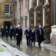 Le prince William faisait sa rentrée universitaire le 7 janvier 2014 à l'Université de Cambridge, où il doit suivre un cursus de 10 semaines en gestion agricole, le Programme for Sustainability Leadership de l'Ecole de Technologie dont son père le prince Charles est le parrain.