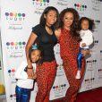 Mel B avec ses filles Angel Iris Murphy Brown, Phoenix Chi, Madison Belafonte à Hollywood, le 13 novembre 2013.