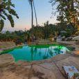 Robert Pattinson a vendu son hacienda espagnole, une superbe villa située à Los Feliz, pour 6.375 millions de dollars.