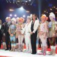 La princesse Stéphanie de Monaco et le prince Albert avec les lauréats des Clowns d'or le 21 janvier 2014 au 38e Festival International du Cirque de Monte-Carlo