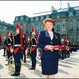 Régine décorée de la légion d'Honneur par le président Chirac