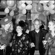 Régine, Amanda Lear et guests