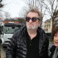Exclusif - Eddy Mitchell arrivant à l'enregistrement de l'émission Vivement dimanche le 22 janvier 2014 à Paris