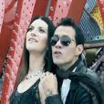 Laura Pausini partage un duo avec le chanteur Marc Anthony sur le titre Se fué.