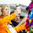 Le roi Willem-Alexander des Pays-Bas et la reine Maxima ont été gâtés, niveau esprit orange, le 8 février 2014 aux JO de Sotchi, avec le triplé des patineurs sur 5 000 mètres sur l'anneau d'Adler.